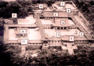 1-Jahamun, 2-Dabotap, 3-Seokgatap, 4-Daeungjeon, 5-Museoljeon, 6-Birojeon, 7-Gwaneumjeon, 8-stairs, 9-rocks, 10-Geuknakjeon, 11-Anyangmun